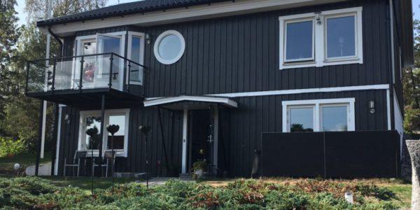 Fasadmålning i Åkersberga